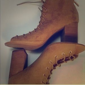 Chinese laundry lace up booties